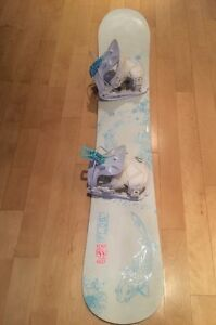 Snowboard 'Flow' & Salomon boot - sold together or separate Oakville / Halton Region Toronto (GTA) image 1