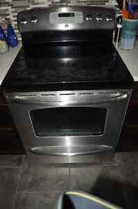 Stainless GE Glass Top Stove