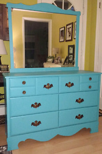 Beautiful Turquoise 6-Drawer Dresser