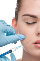 INJECTIONS ACIDE HYALURONIQUE / TRAITEMENTS VARICE / BOTOX