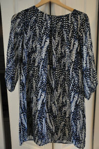 Spring Cleaning - Blue & White Printed H&M Dress Size 6