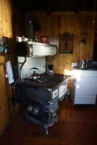 Elmira Stove Works Oval Cookstove (woodstove)