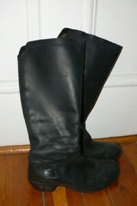 Soft Fly London leather boots - Women's size 41 (US10)