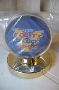 Barrie Colts Hockey Puck OHL 2000 Signed Stand and Certificate