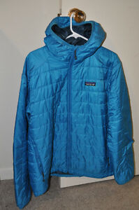 Men's L Patagonia Nano Puff Hooded jacket