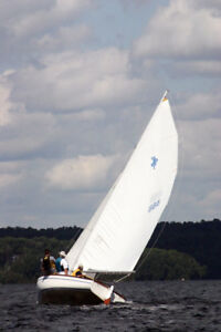Sailboat - HIGHLANDER