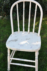 3 Wooden Painted Chairs- great for Chalk painting! Cambridge Kitchener Area image 7