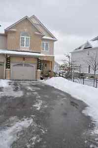 ***REDUCED***Executive Townhome In North Bowmanville