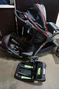 Safety 1st Carseat and Stroller with onboard 35- complete set Kitchener / Waterloo Kitchener Area image 2