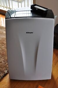 Dimplex portable air conditioner 2yrs old St Marys Penrith Area Preview