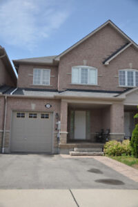 3 Bedroom Townhouse Mississauga -Mavis /Britannia House for Rent