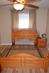 queen size head board foot board and frame