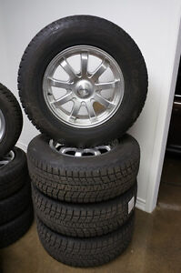 2006-2014 CADILLAC ESCALADE SNOW TIRE PACKAGE BLIZZAK 265/70R18