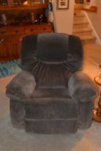 LaZBoy Couch &  lazyboy Matching Recliner