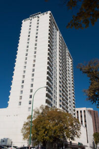 URGENT! ROOM RENT IN DOWNTOWN! Get free security deposit now!