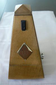 Wittner Pyramid Metronome