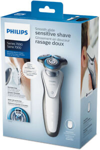 Brand New Phillip 7000 wet and dry electronic shaver for sale