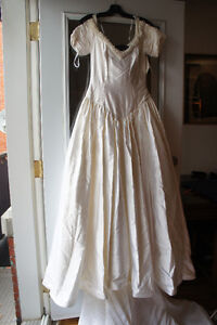 wedding dress silk pearl new! size 10