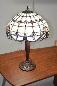 Beautiful handmade Tiffany lamp.  Excellent condition