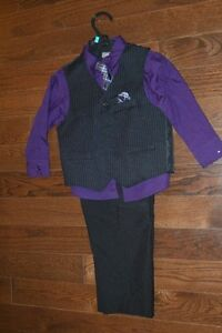 Boy's Dress Suits - Size 3 and 4 Kawartha Lakes Peterborough Area image 2