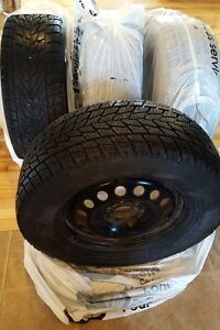 Pneu hiver Toyo Open Country/ Winter tires Toyo Open Country