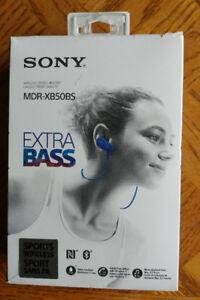Sony MDRXB50BS/B In-Ear Wireless Headphones, Blue Like New