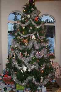 9 Foot High Quality Artificial Christmas Tree!
