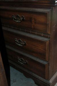 6 drawer mirror bedroom dresser. pick up only