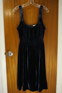 Anthropologie Velvet Party Cocktail Holiday Dress Size 10 NEW!