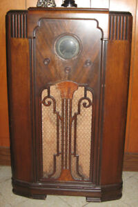 Antique Tube Radios Rogers  & Deforest-Crosley