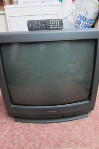 32 inch color TV