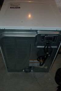 Amana Clothes Dryer North Shore Greater Vancouver Area image 3