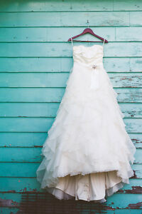 wedding gown/dress for sale size 8/10