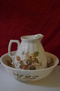 Antiques, Collectibles, Home Decor and Housewares
