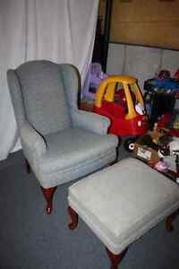 NEW PRICE - VICTORIAN STYLE CHAIR AND OTTOMAN Cambridge Kitchener Area image 1