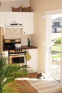 Very quiet 1 bedroom suite in Cochrane, HRV and radon free air