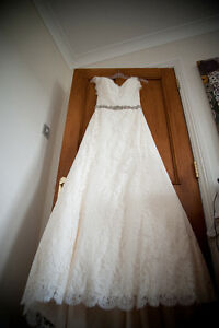 Paloma Blanca Canadian Made Wedding Dress