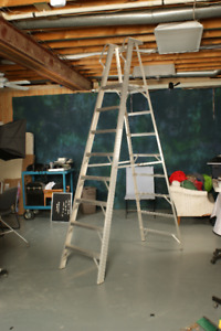 10 foot tall (8 foot platform) aluminum step ladder