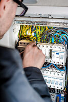 Electricians available 7 days a week and evenings!