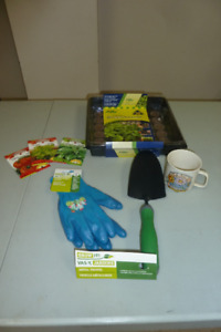 INDOOR GARDENING KIT/ PLANT FERTILIZER