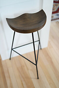 4 BRAND NEW (never used) Bar Stools.