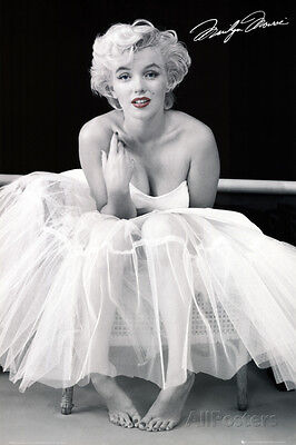 Marilyn Monroe - Ballerina Collections Poster Print, 24x36