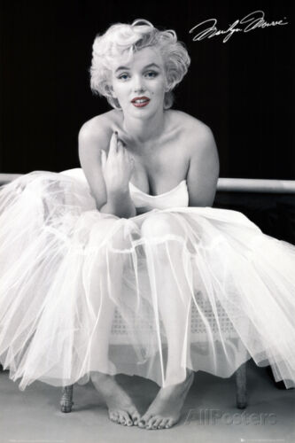 Marilyn Monroe - Ballerina Collections Poster Print, 24x36