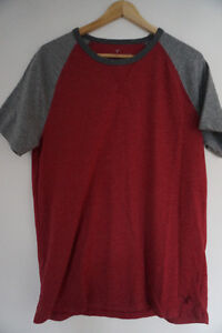 T-SHIRT AMERICAN EAGLE (Taille M) :