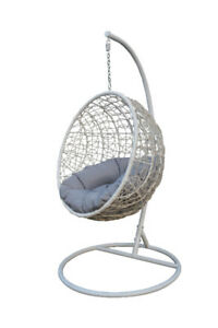 Hanging Swing Chair Outdoor / Indoor Egg Chair All Ages