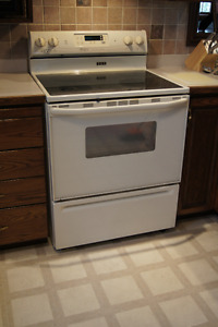 Maytag Performa electric stove