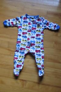 Vêtements pour garçon 6-9 mois