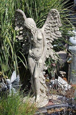 Großer Engel mit Flügel  stehend Steinguß Figur Statue Gartenfigur Frostfest