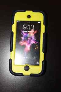 5th Generation Ipod Touch 16GB in Space Grey Strathcona County Edmonton Area image 3