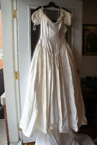 neuf ! new ! long rena koh wedding dress real silk pearl SIZE 10